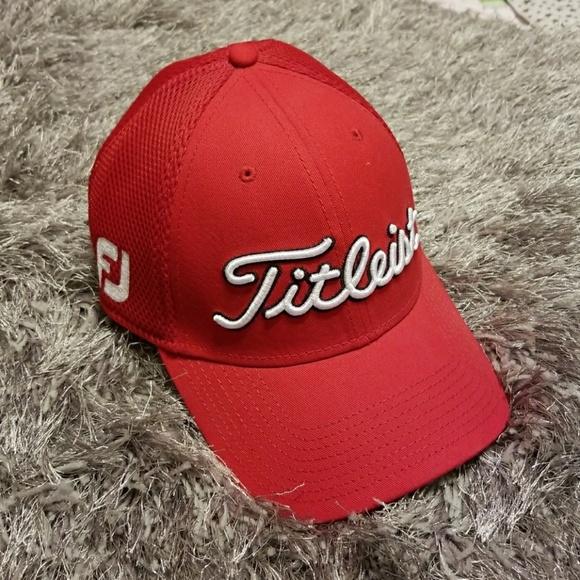NWOT Titleist Footjoy Pro V1 Golf Hat. M 5a7e6de561ca10ceaf58f9c1 e8f977a9bd1